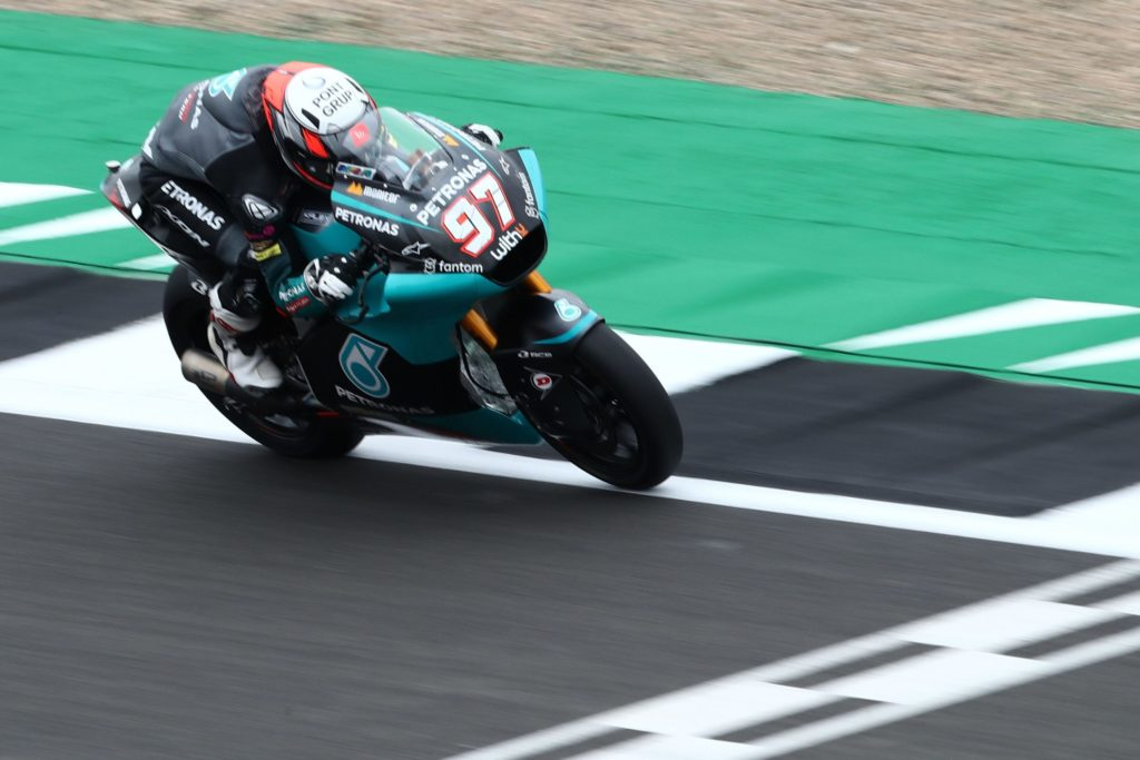 Aragon action ahead for home-hero Vierge
